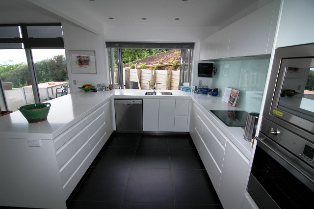 UNO Kitchens